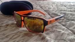 Óculos Usado de Lente Espelhada