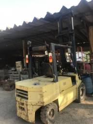 Empilhadeira Fiat a diesel ano 95
