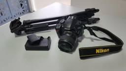Câmera Nikon D3200 + 2 Baterias + Cartão de Memória Brinde Tripé