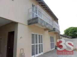 Casa sobrado com 3 quartos - Bairro Petrópolis em Londrina