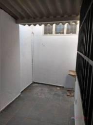 Casa com 1 dormitório para alugar, 80 m² por R$ 650/mês - Centro - São José do Rio Preto/S