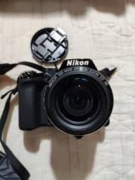 Câmera semi-profissional Nikon Coolpix P100