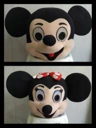 Cabeças de mascotes mickey e minnie