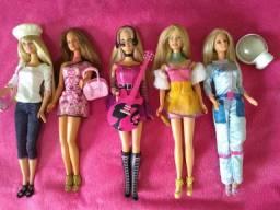 5 bonecas barbies anos 90 conservadas.
