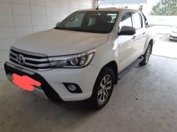 Toyota Hilux SRX 18/18