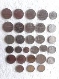Lote com 29 Moedas antigas datas diferentes