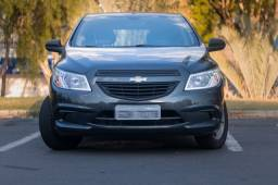 Chevrolet Onix Completo + Vd. Elétricos 4 Portas + Bluetooth