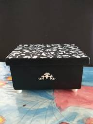 Porta Jóias Caixa Mdf Pintada Decoração Com Pés Artesanato