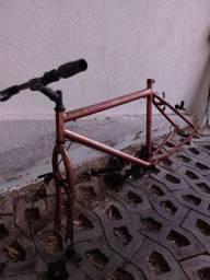 Bicicleta Aro 26 Monark com peças Shimano para restaurar