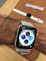 Apple Watch Series 4 44mm Nike Loop + Gps