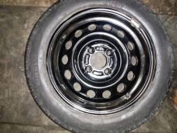 Pneu Pirelli p7 aro 15/195/55 meia vida mais roda muito