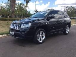 Título do anúncio: Vendo jeep compass 2013