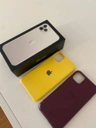 iPhone 11 Pro Max 256 gb + capinhas brinde