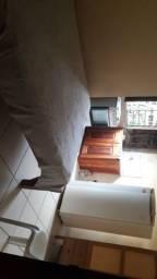 ALUGA-SE quartos e kit net