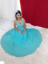 Vendo lindo vestido de debutante.