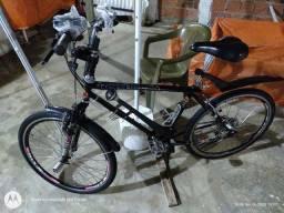 Bicicleta aro 26 toda revisada.