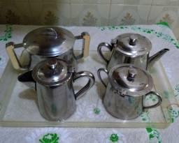 Lindo jogo de Chá e Café em Inox