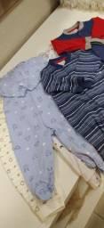 Vendo roupas infantil e acessórios