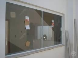 Portas, janelas e box Blidex.