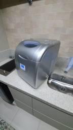 Máquina de gelo Elettromec