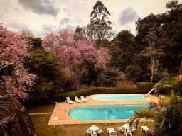 Título do anúncio: Apartamento no Condomínio em Bonsucesso - Petrópolis - RJ