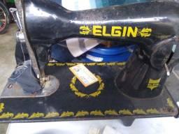 Máquina costura reta com motor