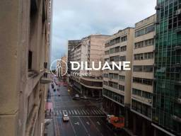 Título do anúncio: Diluane Imóveis Aluga!! Conjugado no Centro de Niterói