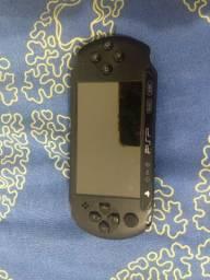PSP Sony original + 3 jogos originais