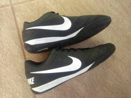 Chuteira Nike beco 2 futsal n. 41