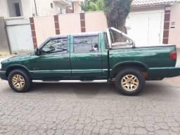 Vendo S10 Executive V6 4.3 GNV 2000
