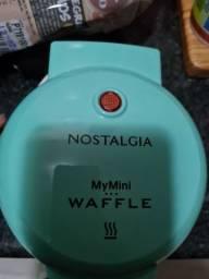 Mini máquina de waffle e panquecas<br><br>