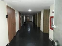 Título do anúncio: Sala Comercial / 68 m2 / Prédio de Gabarito / Ponto Privilegiado / Vaga de Garagem no Próp