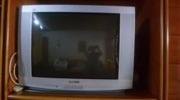Vendo TV de tubo , marca Gradiente