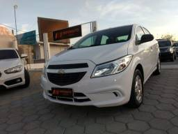 GM-Chevrolet Onix LS baixa Km - 2014