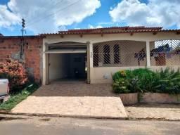 Aluga-se Casa no Novo Horizonte Floresta