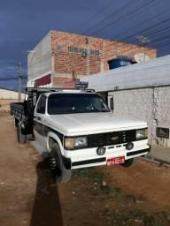 Vendo caminhão D 40 - 1987