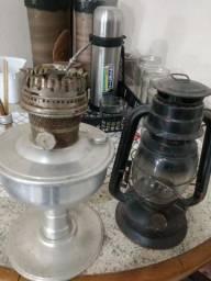 Dois lampião antigos