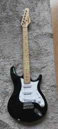Guitarra Stratos BEHRINGER