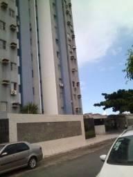 Apartamento com 03 quartos sendo um suíte no Prado