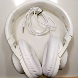 Headphone Com Fio Extra Bass (Cabo Auxiliar P2)