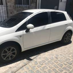 Fiat punto 1.4 Attractive troco por saveiro Cross