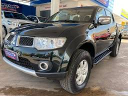 TRITON 2013 HPE Aut. 54mil km 4X4 Diesel SANTAREM REPASSE DE VEICULOS - 2013