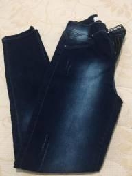 Calça jeans TAm.40/42(nova)