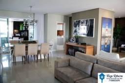 Apartamento Alto Padrão, mobiliado 4/4 sendo 3 suítes e varanda á venda - Colina A