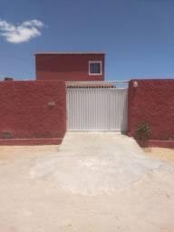 Vende se uma casa próximo a pousada Leão Beach com piscina contato *