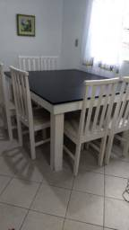 Mesa quadrada C/ 6 cadeiras