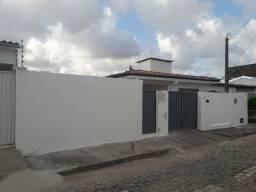 Casa em Nova Descoberta com 3 quartos + kitnet,  214 m² - Lado da sombra