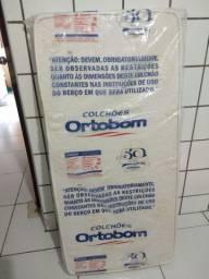 Colchão Ortobom/ Pro saude baby.