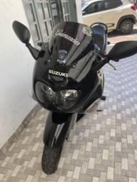 Moto gsx 750F suzuki