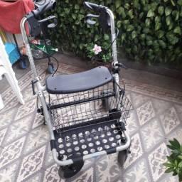 Andador 4 rodas com regulagem de altura, cesto e freio